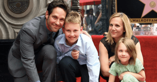 julie yaeger with paul rudd and family